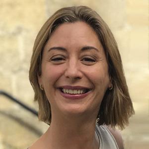 <br /> Ana Regojo Bacardi